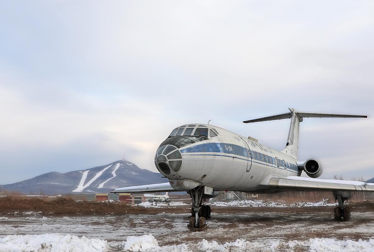 В Арсеньеве при поддержке ААК «Прогресс» установлены первые экспонаты Дальневосточного музея авиации